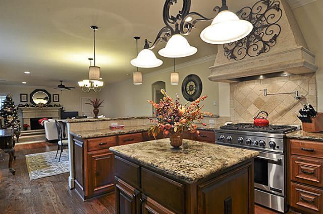 Sold Property | 6304 Llano Avenue Dallas, Texas 75214 8