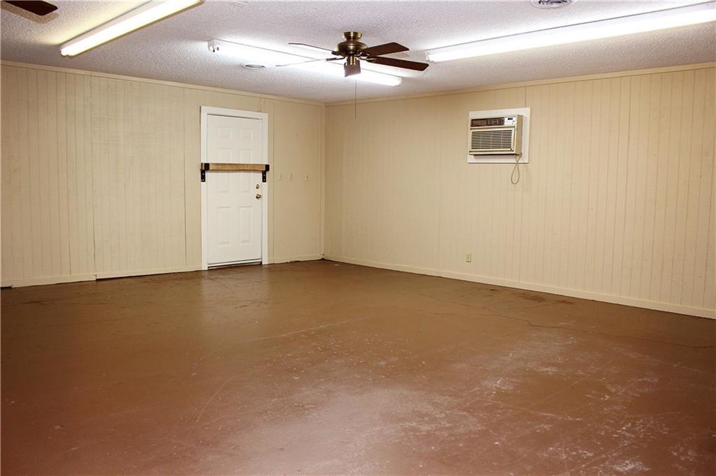 Sold Property   303 W Central Avenue Comanche, TX 76442 11