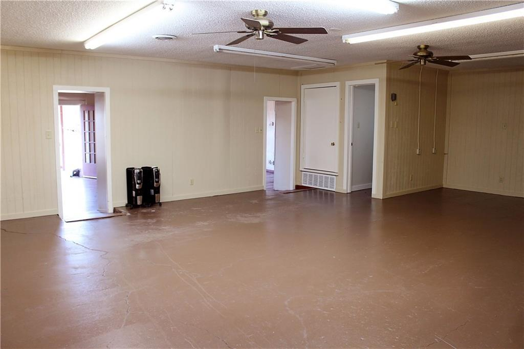 Sold Property   303 W Central Avenue Comanche, TX 76442 12