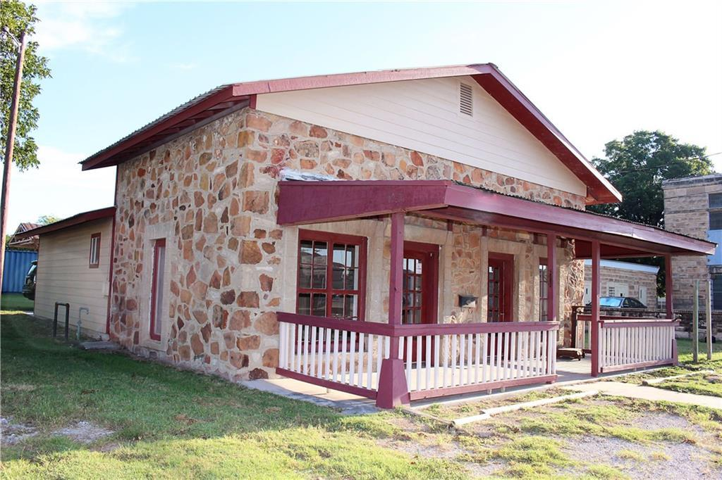 Sold Property | 303 W Central Avenue Comanche, TX 76442 2