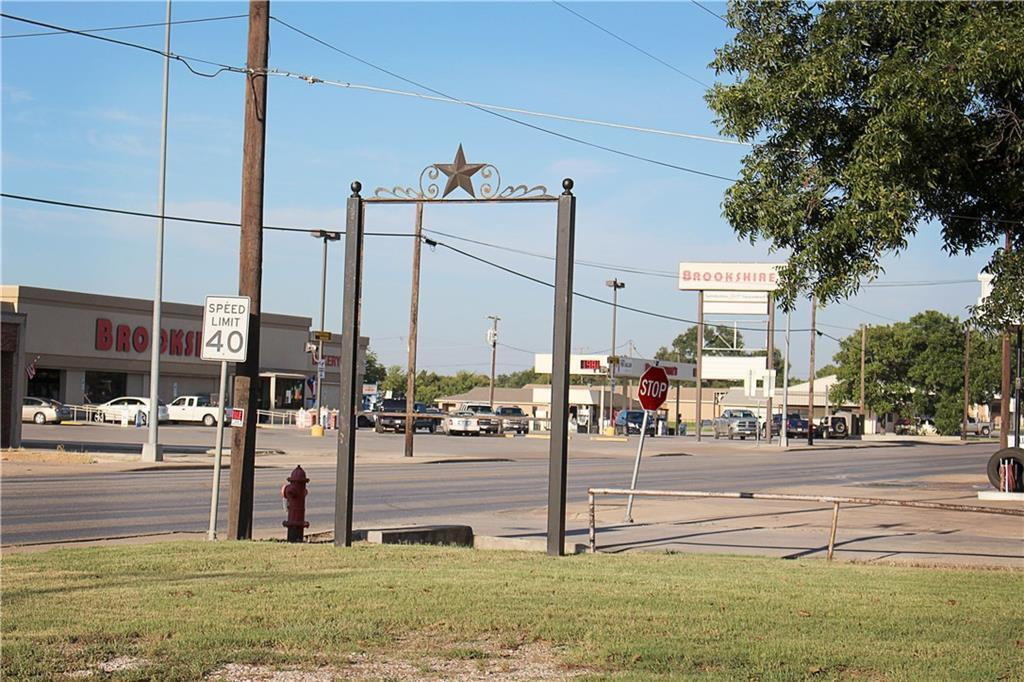 Sold Property | 303 W Central Avenue Comanche, TX 76442 23