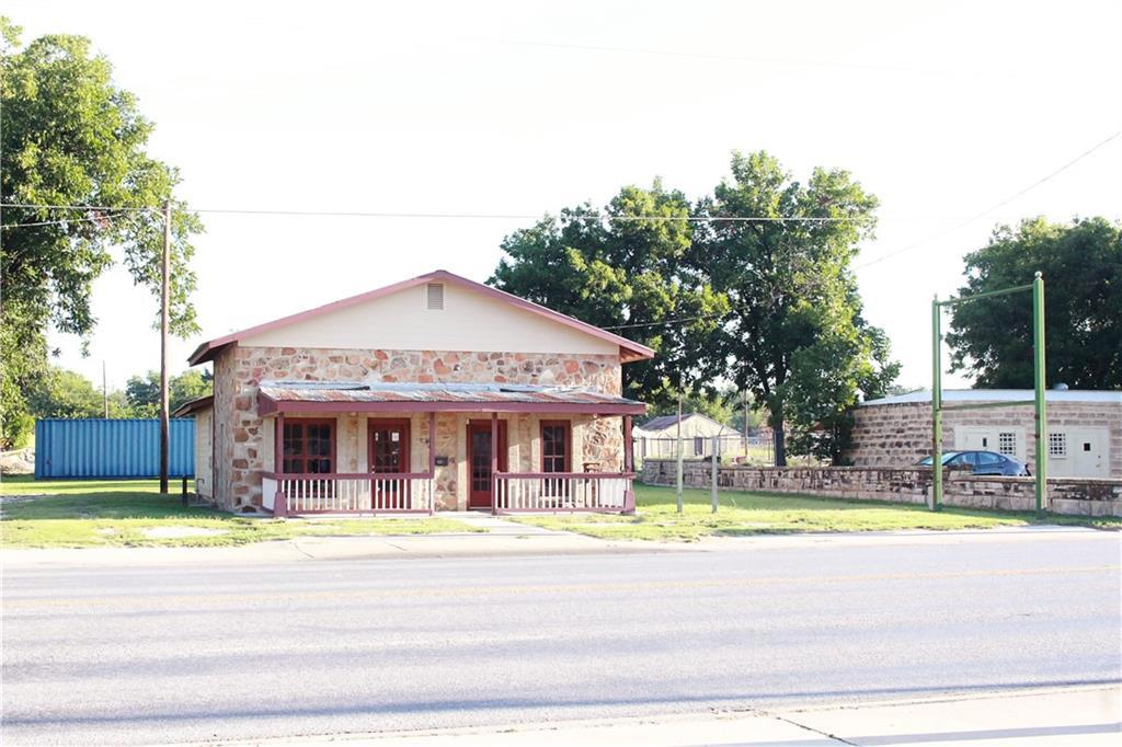 Sold Property | 303 W Central Avenue Comanche, TX 76442 24