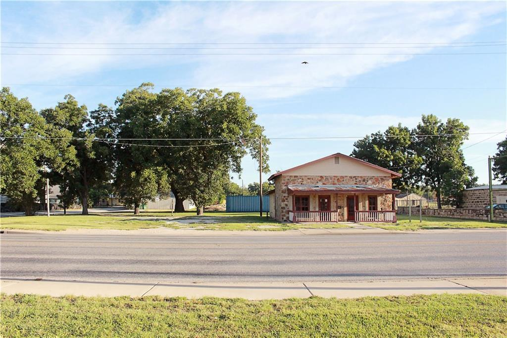 Sold Property | 303 W Central Avenue Comanche, TX 76442 25