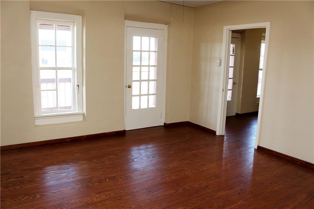 Sold Property   303 W Central Avenue Comanche, TX 76442 5