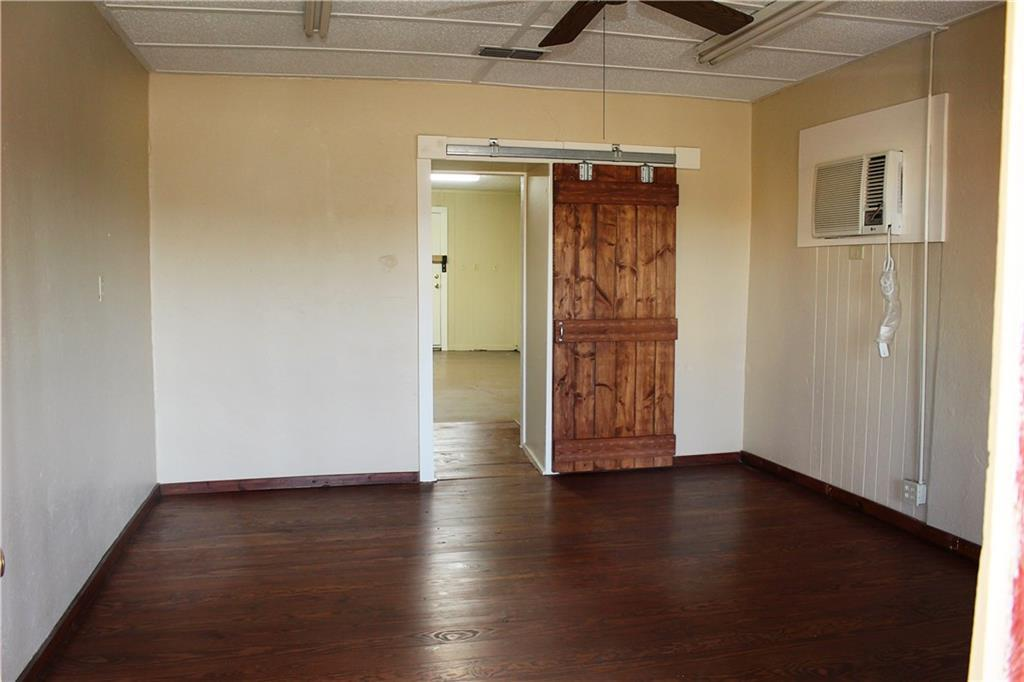 Sold Property   303 W Central Avenue Comanche, TX 76442 6