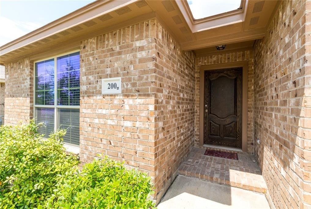 Sold Property | 200 Spring Hollow Drive Saginaw, Texas 76131 2