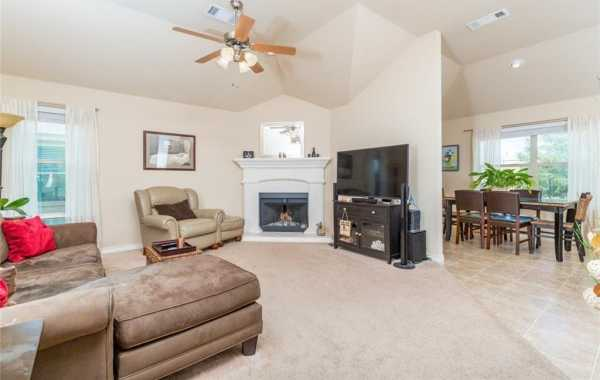 Sold Property | 200 Spring Hollow Drive Saginaw, Texas 76131 7