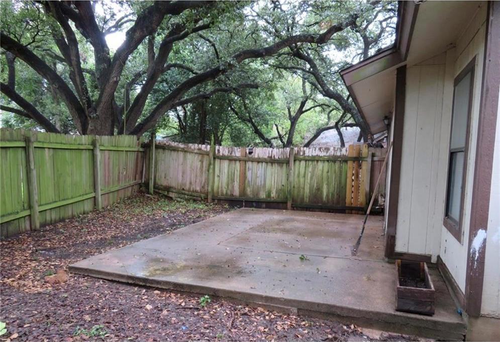 Leased | 301 Villa Oaks CIR #A Austin, TX 78745 1
