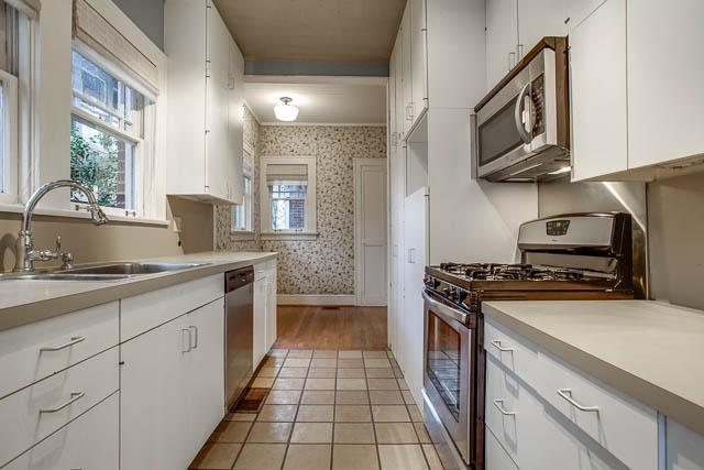 Sold Property | 6222 Bryan Parkway Dallas, Texas 75214 10