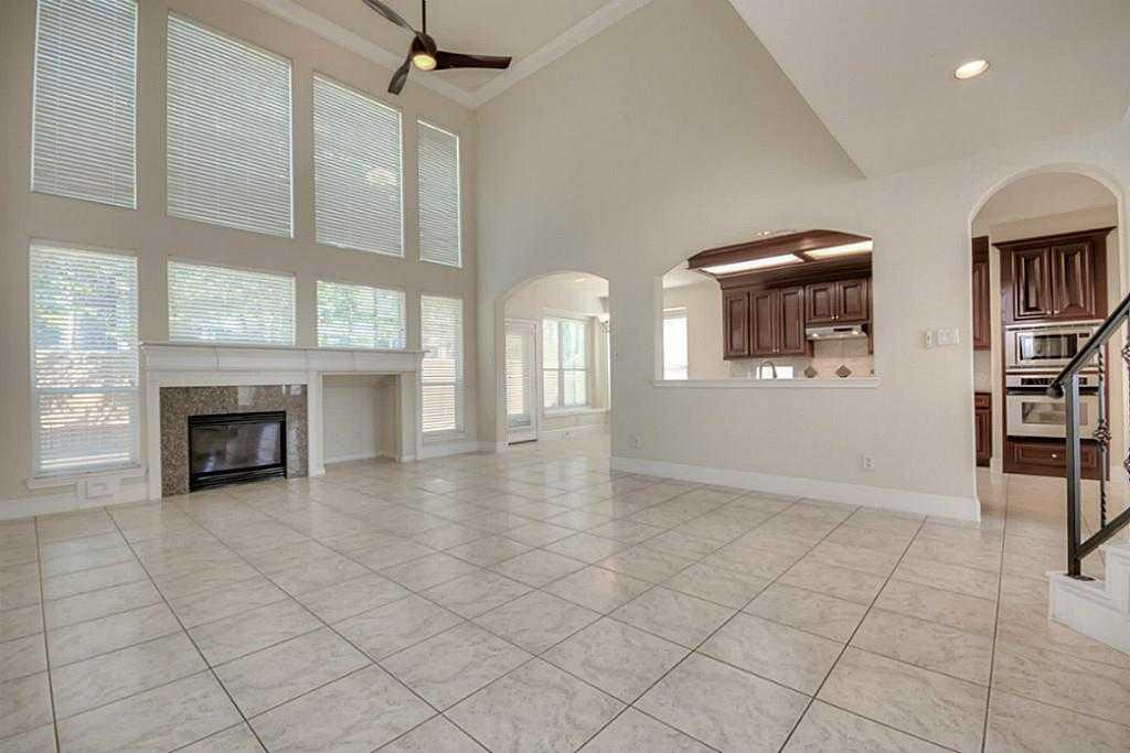 Sold Property | 11102 SHERWOOD GARDENS DR Houston, TX 77043 9