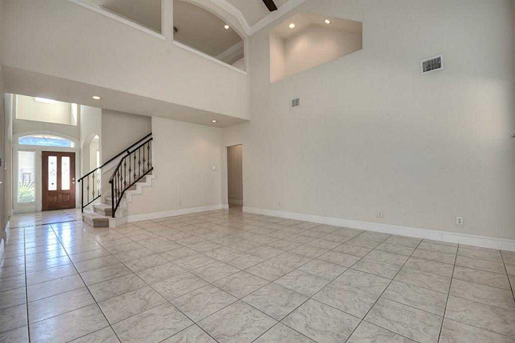 Sold Property | 11102 SHERWOOD GARDENS DR Houston, TX 77043 10