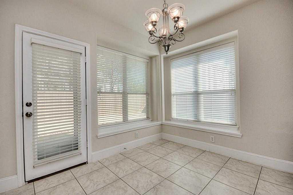 Sold Property | 11102 SHERWOOD GARDENS DR Houston, TX 77043 11