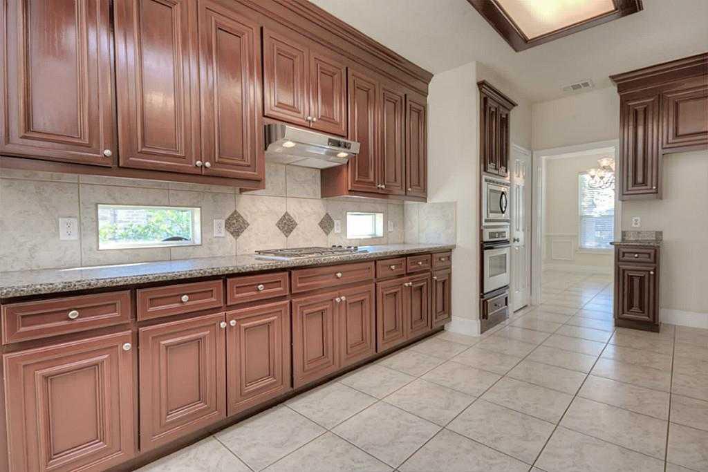 Sold Property | 11102 SHERWOOD GARDENS DR Houston, TX 77043 12