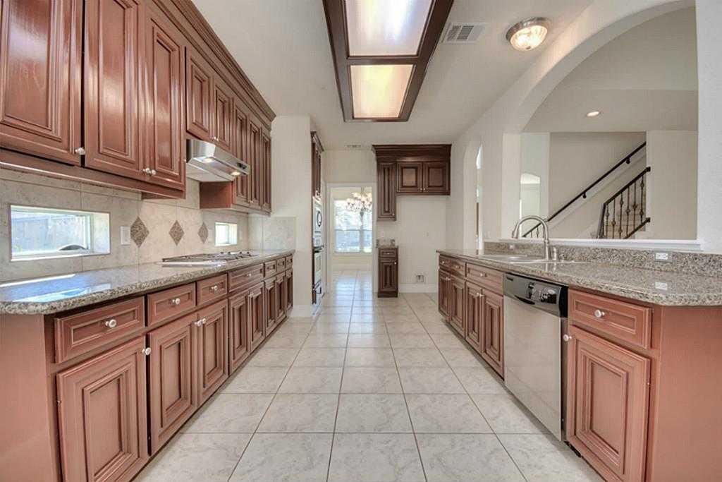 Sold Property | 11102 SHERWOOD GARDENS DR Houston, TX 77043 13