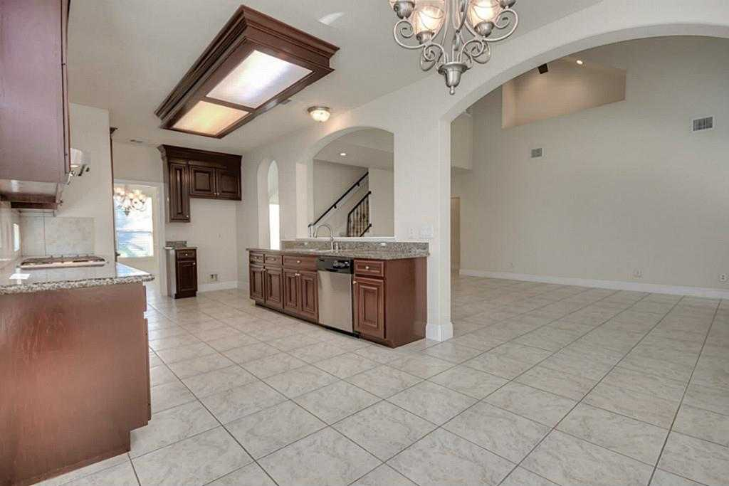Sold Property | 11102 SHERWOOD GARDENS DR Houston, TX 77043 16