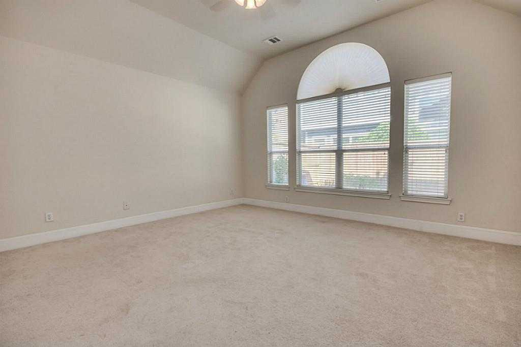 Sold Property | 11102 SHERWOOD GARDENS DR Houston, TX 77043 17