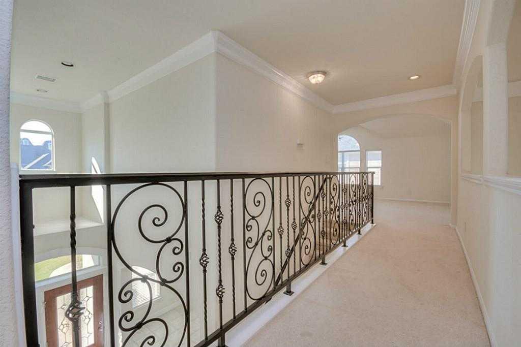 Sold Property | 11102 SHERWOOD GARDENS DR Houston, TX 77043 28