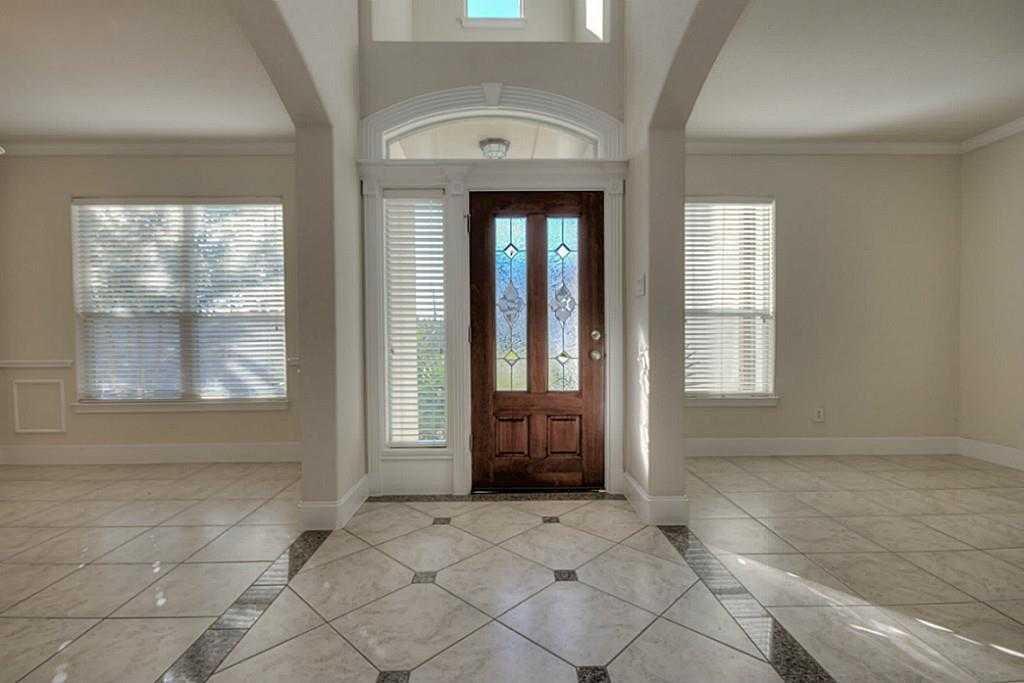 Sold Property | 11102 SHERWOOD GARDENS DR Houston, TX 77043 3