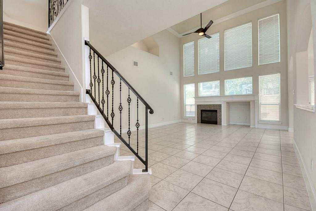 Sold Property | 11102 SHERWOOD GARDENS DR Houston, TX 77043 8