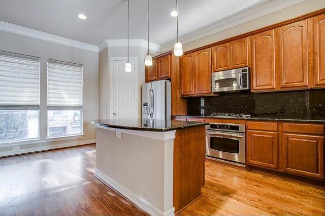 Sold Property | 4222 Holland Avenue Dallas, Texas 75219 14