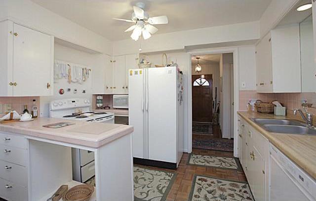 Sold Property | 7338 Crownrich Lane Dallas, Texas 75214 1