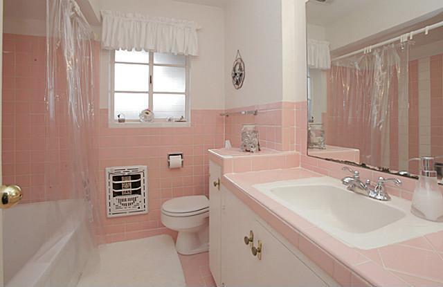 Sold Property | 7338 Crownrich Lane Dallas, Texas 75214 12