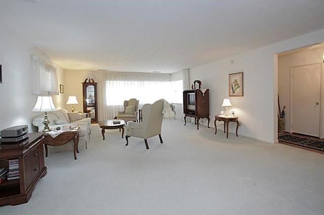 Sold Property | 7338 Crownrich Lane Dallas, Texas 75214 5