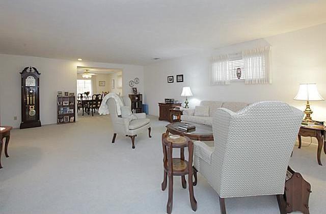 Sold Property | 7338 Crownrich Lane Dallas, Texas 75214 6