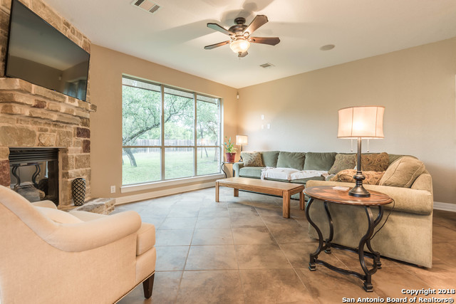 Active | 18819 Canoe Brook  San Antonio, TX 78258 10