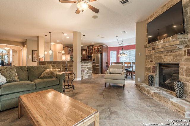 Active | 18819 Canoe Brook  San Antonio, TX 78258 11