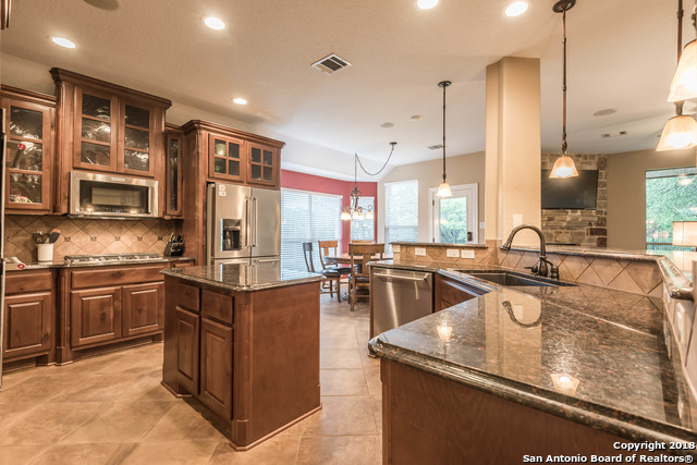 Active | 18819 Canoe Brook  San Antonio, TX 78258 6