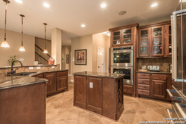 Active | 18819 Canoe Brook  San Antonio, TX 78258 8