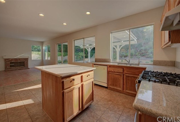 Closed | 14862 Summit Trail Road Chino Hills, CA 91709 16