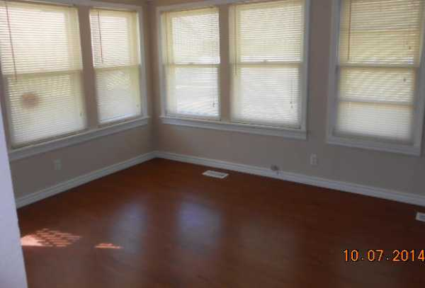 Closed | 207 N. VINE  Commerce, OK 74339 5