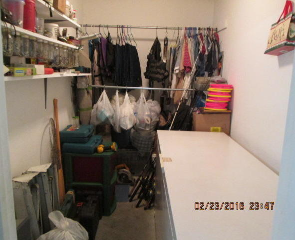 Closed   10080 S 593 Road Miami, OK 74354 18