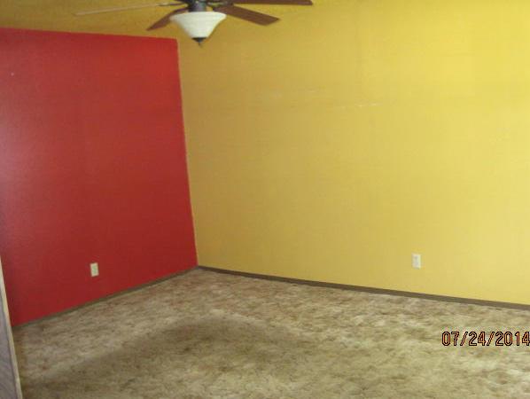 Closed   410 11th ave Miami, OK 74354 3