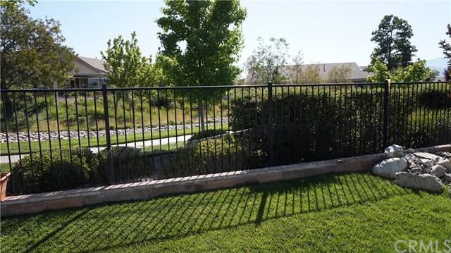 Closed | 168 Potter  Beaumont, CA 92223 36