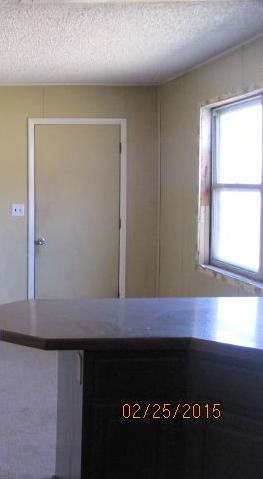 Closed | 308 S 4th Street Wyandotte, OK 74370 8