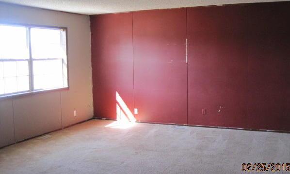 Closed | 308 S 4th Street Wyandotte, OK 74370 9