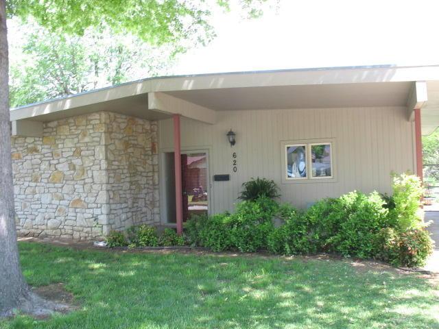 Closed | 620 S Thompson Street Vinita, OK 74301 0