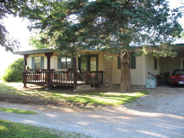 Closed | 1902 S 4445 Road Welch, OK 74369 1