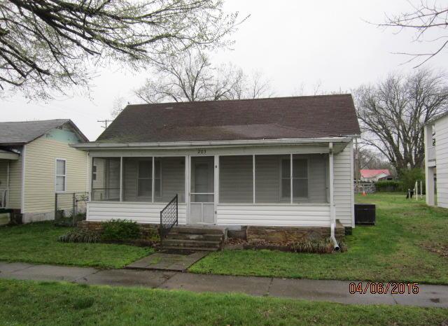 Closed   203 N Elm Street Commerce, OK 74339 0