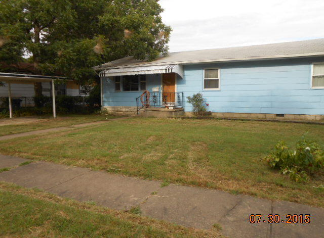 Closed   214 N River Street Commerce, OK 74339 12