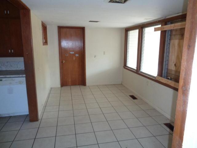 Closed | 527 Goodrich Boulevard Miami, OK 74354 6