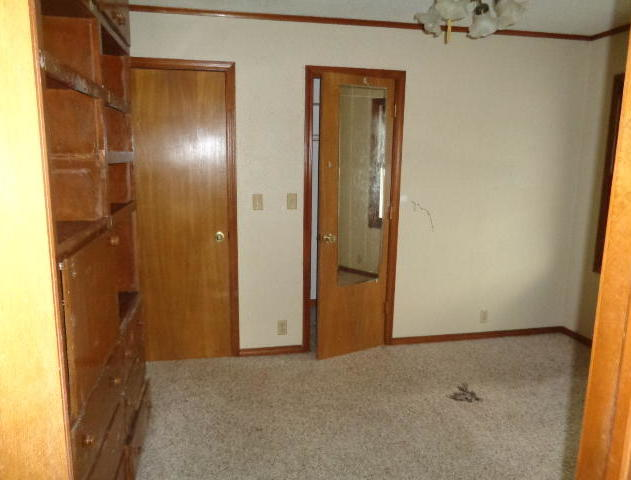 Closed | 527 Goodrich Boulevard Miami, OK 74354 8