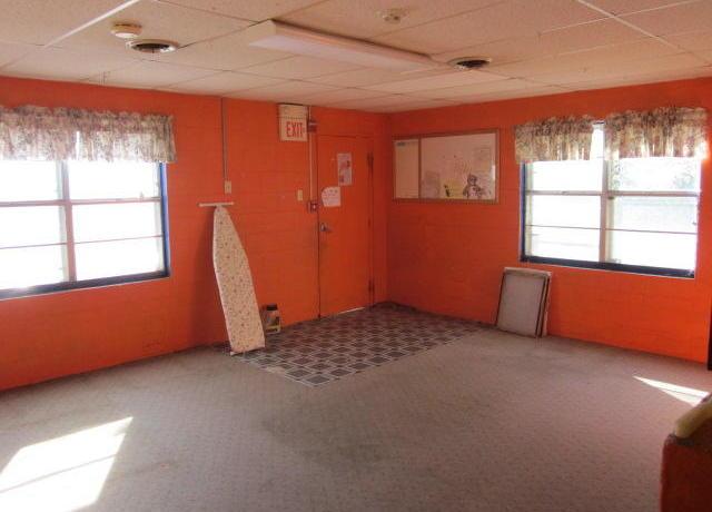 Closed | 616 W Delaware ave Vinita, OK 74301 2