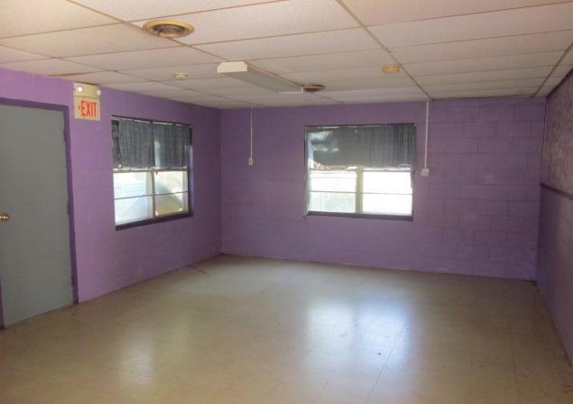 Closed | 616 W Delaware ave Vinita, OK 74301 5