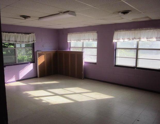 Closed | 616 W Delaware ave Vinita, OK 74301 6