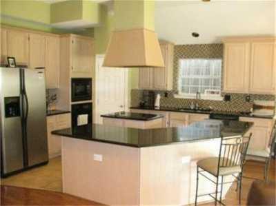Sold Property | 6022 Prospect Avenue 10