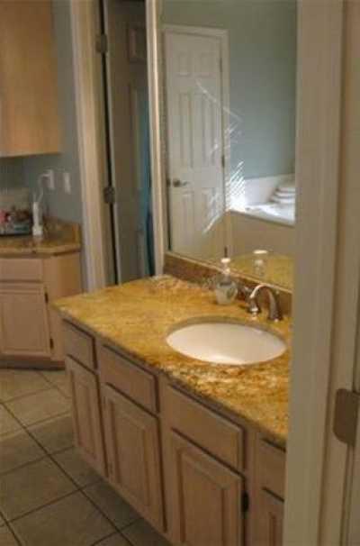 Sold Property | 6022 Prospect Avenue 16